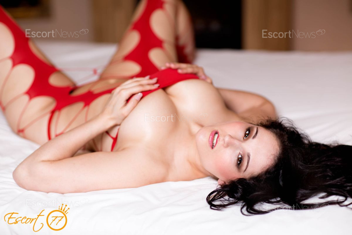 escort for couples cromer brothel Queensland